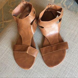 Gladiator sandals - tan